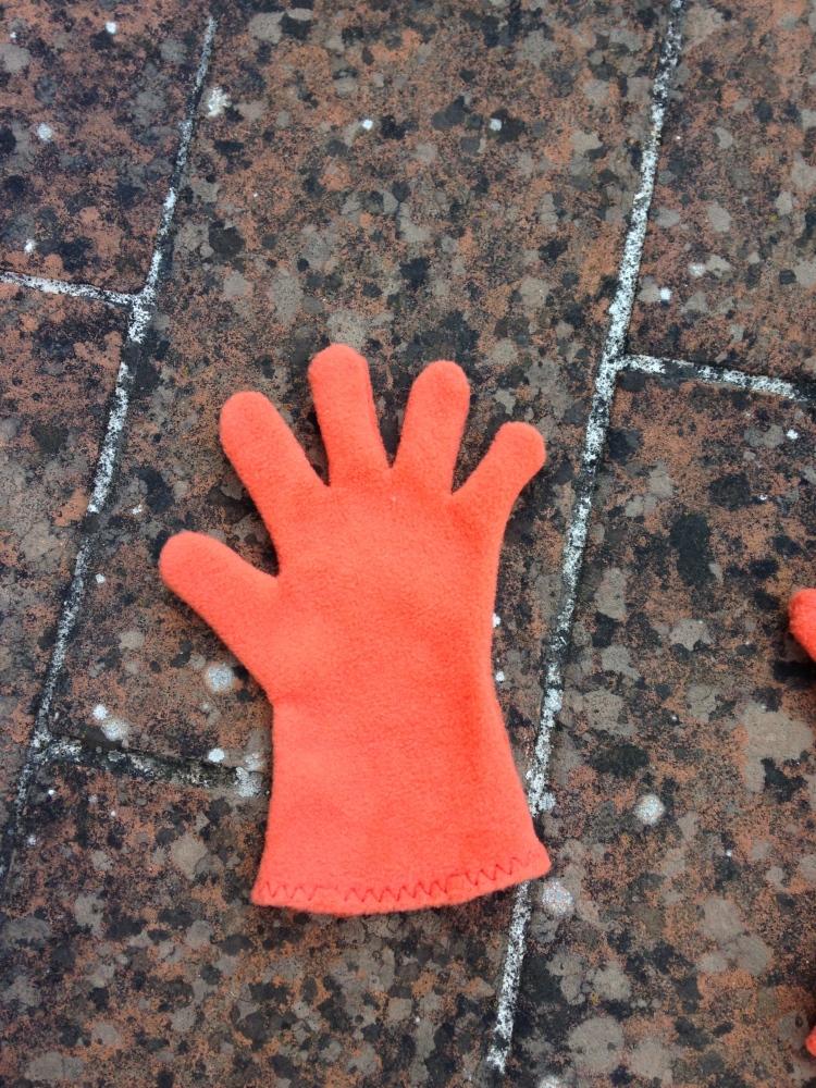 tutorial guanti in pile